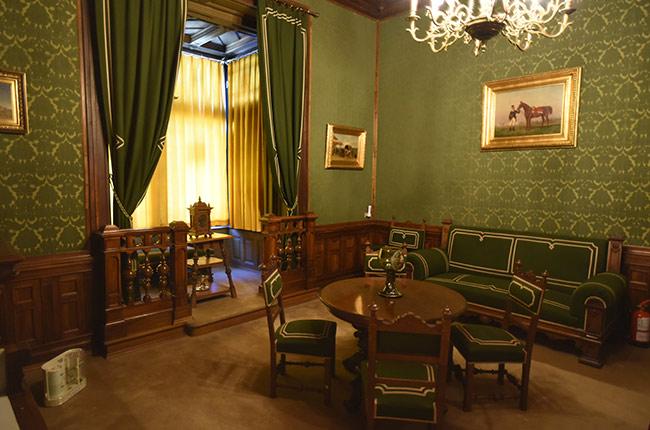Salón verde en el Castillo de Peles (Rumanía)