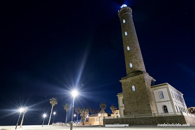 Faro de Chipiona por la noche (Cádiz)