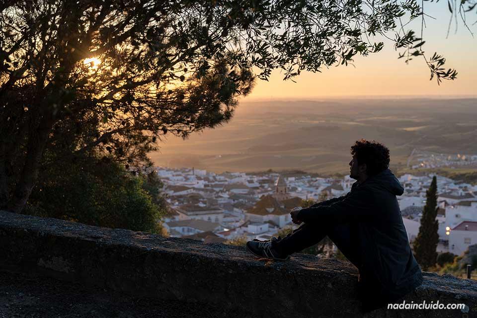 Bloguero durante el atardecer en Medina Sidonia (Cádiz)