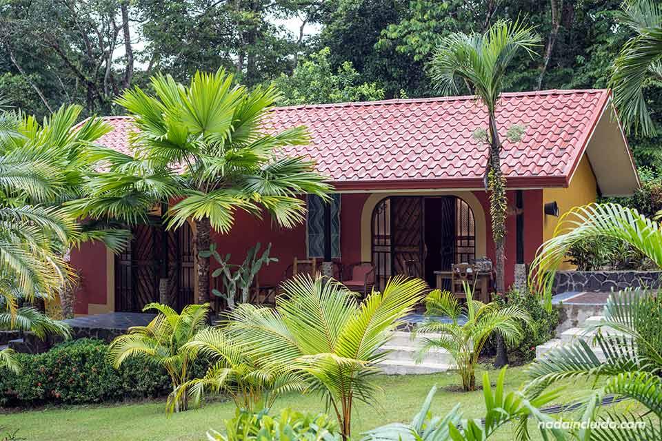 Bungalow en el complejo Villas Santerras, en Ojochal (Costa Rica)