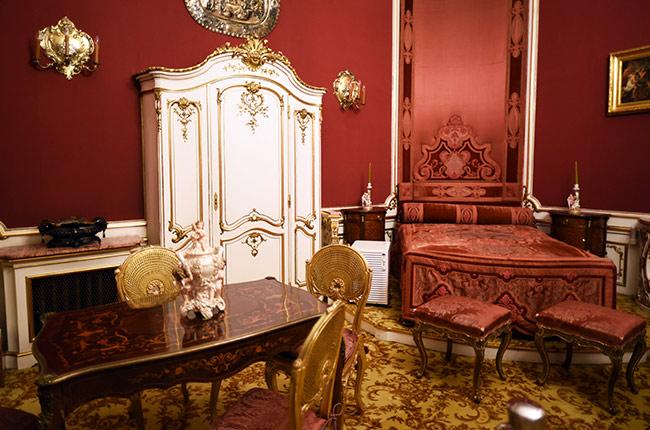 Dormitorio Rojo en el Castillo de Peles (Rumanía)