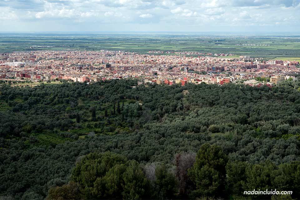 Vistas desde el castillo Ein Osrdon (Marruecos)