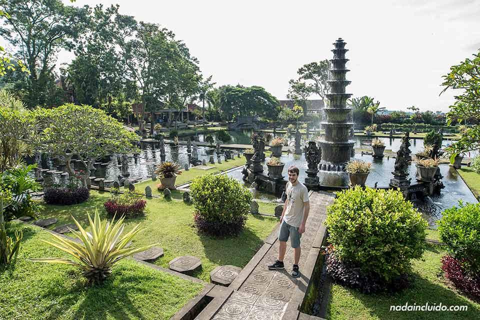 En el Tirta Ganga Royal Garden (Bali, Indonesia)