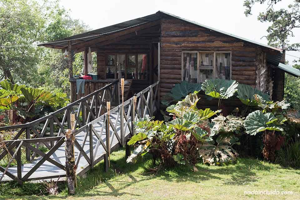 Casa de huéspedes en el Albergue Cortijo El Quetzal (Turrialba, Costa Rica)