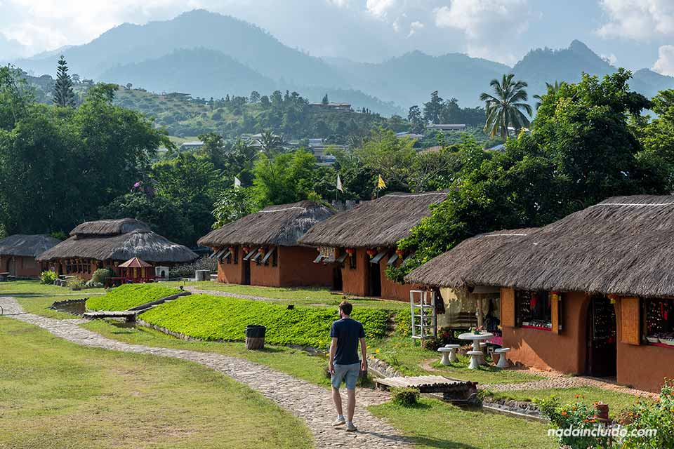Paseando por el pueblo chino de Santichon Village, muy cerca de Pai (Tailandia)