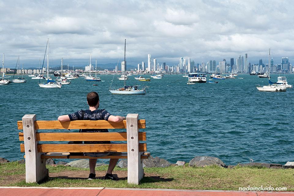 Vistas de la ciudad de Panamá desde la Avenida Amador