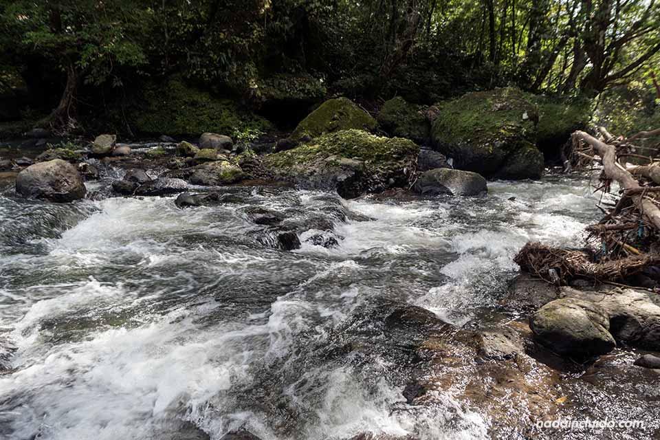 Río en el Chorro las Mozas, Valle de Antón (Panamá)