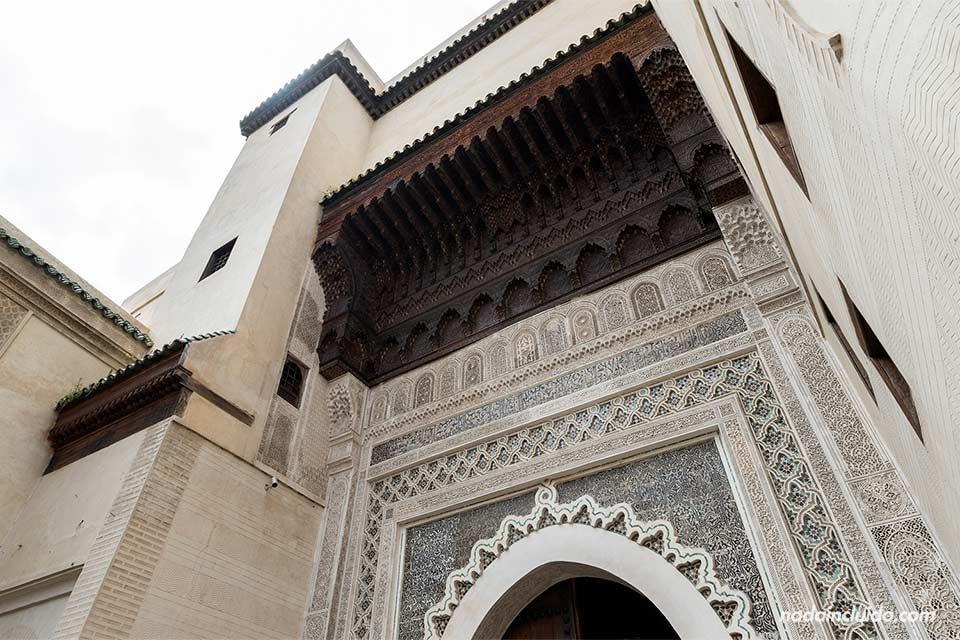 Fachada del museo Nejjarine de Fez (Marruecos)