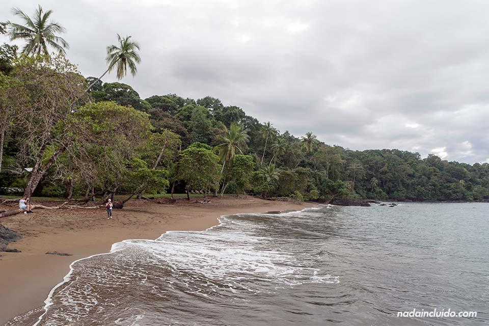 Cocalito es una de las playas de Bahía Drake (Costa Rica)