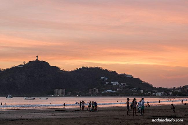 Atardece en las playas de San Juan del Sur (Nicaragua)