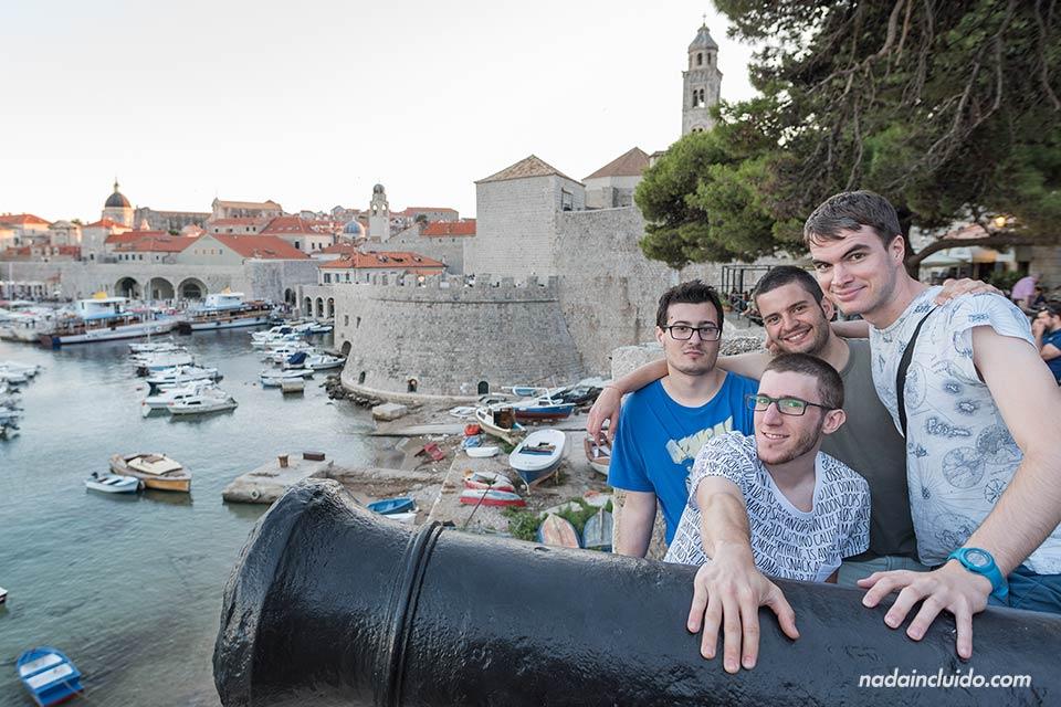 Puerto del Old Town de Dubrovnik (Croacia)