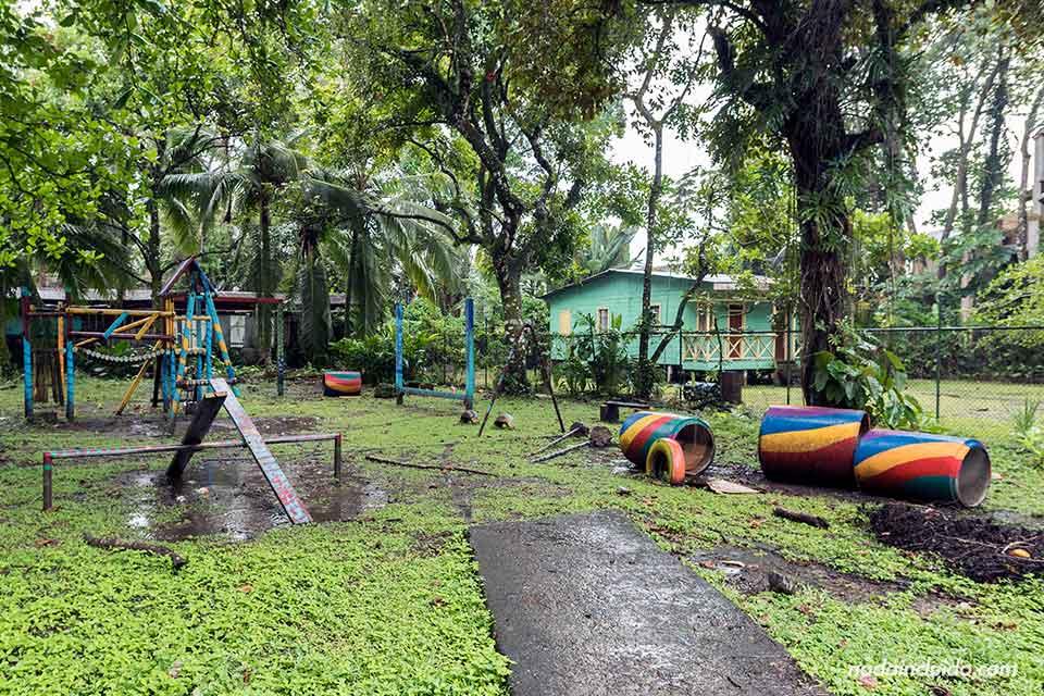 Parque para niños en Puerto Viejo (Costa Rica)