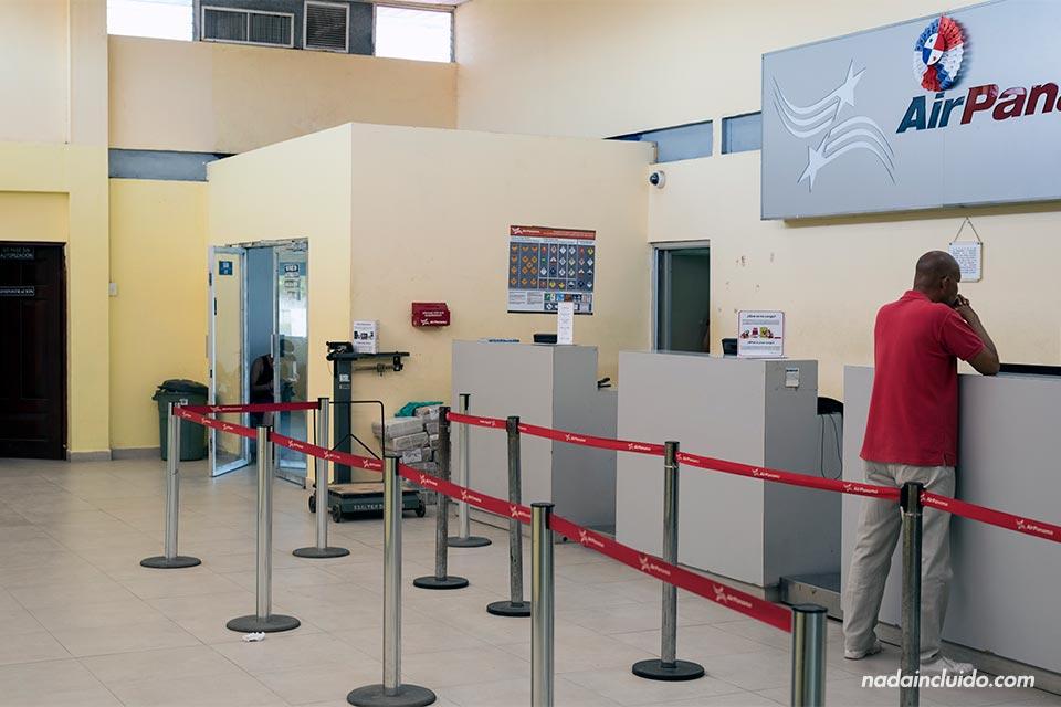 Aeropuerto de Bocas del Toro, ubicado en isla Colón (Panamá)