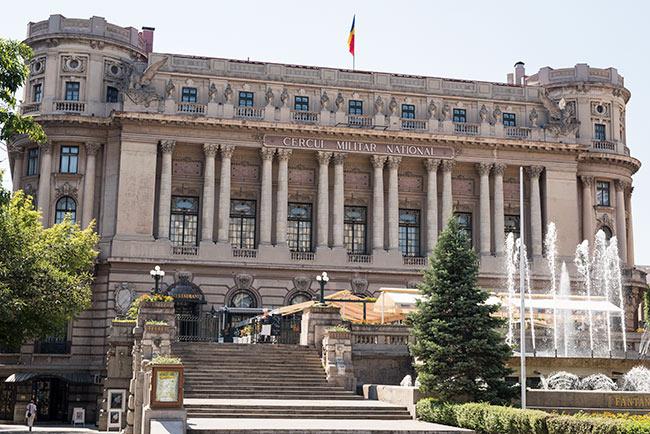 Fachada del Cercul Militar National, Bucarest (Rumanía)