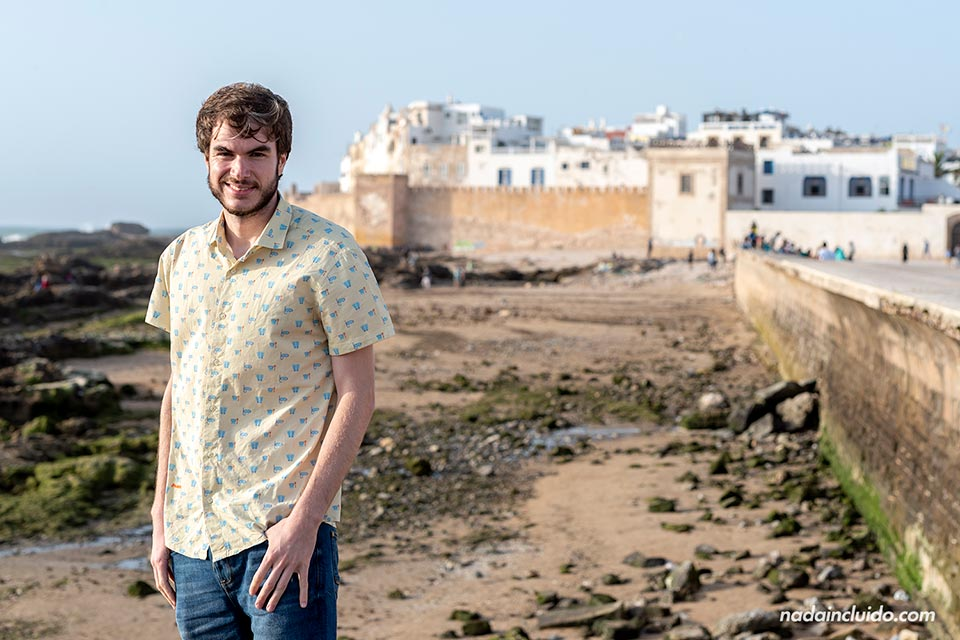 """Junto a la """"skala"""" del puerto de Essaouira (Marruecos)"""