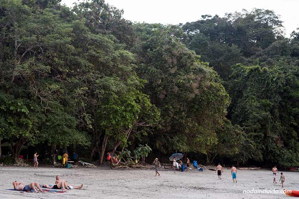 Playa Biesanz en la localidad de Manuel Antonio (Costa Rica)