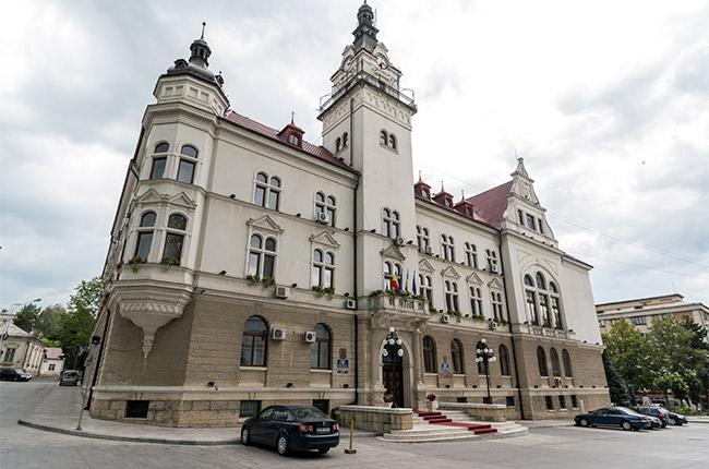 Edificio político en Suceava (Rumanía)