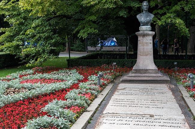 Estatua en el Parque Copou de Iasi (Rumanía)