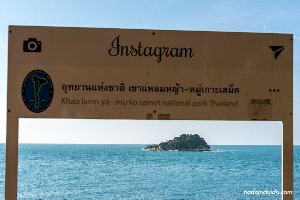 Cartel de Instagram en Laem Toei, Koh Samet (Tailandia)
