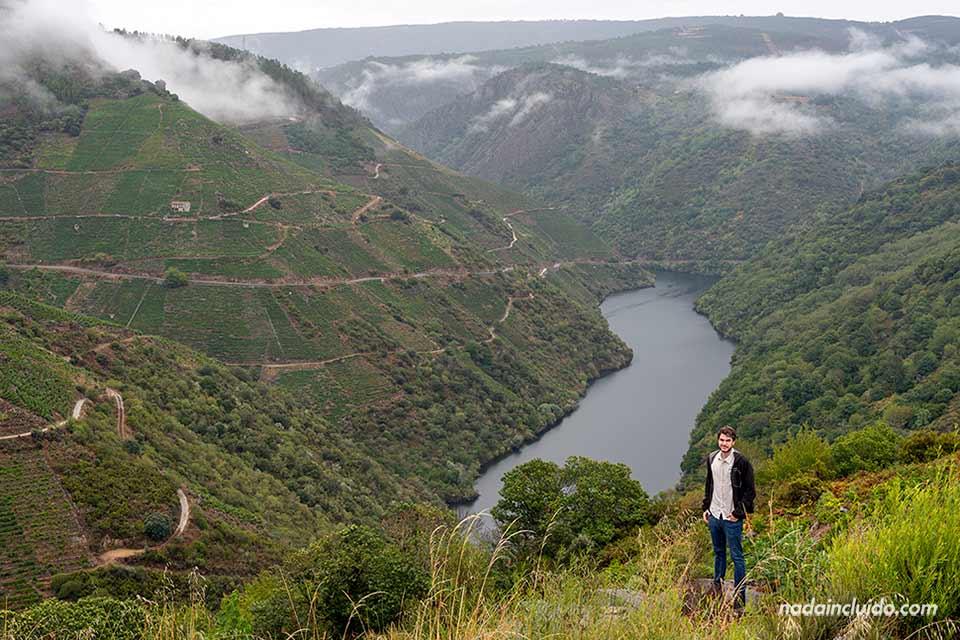 En el mirador Souto Chao, Ribeira Sacra (Galicia)
