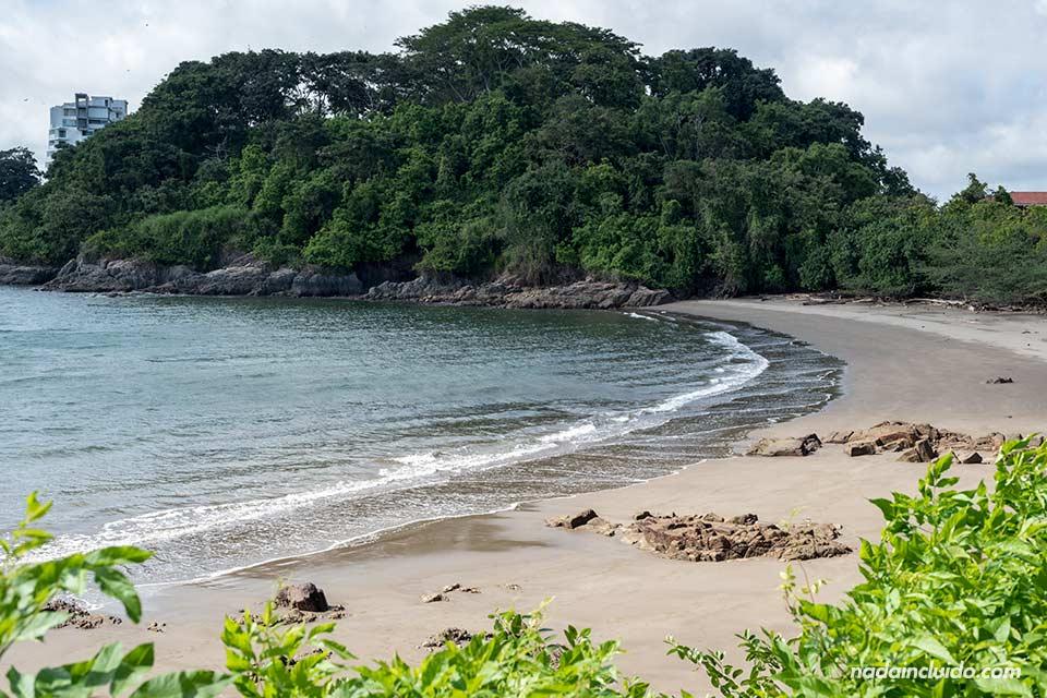 Playa de Punta Culebra en ciudad de Panamá