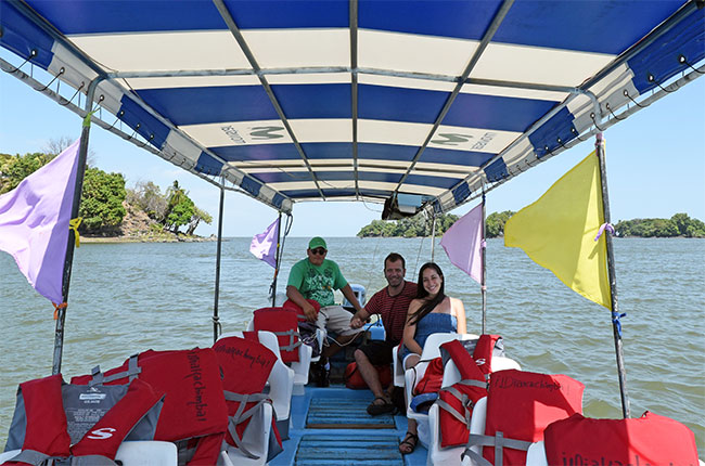 Barco en las Isletas de Granada