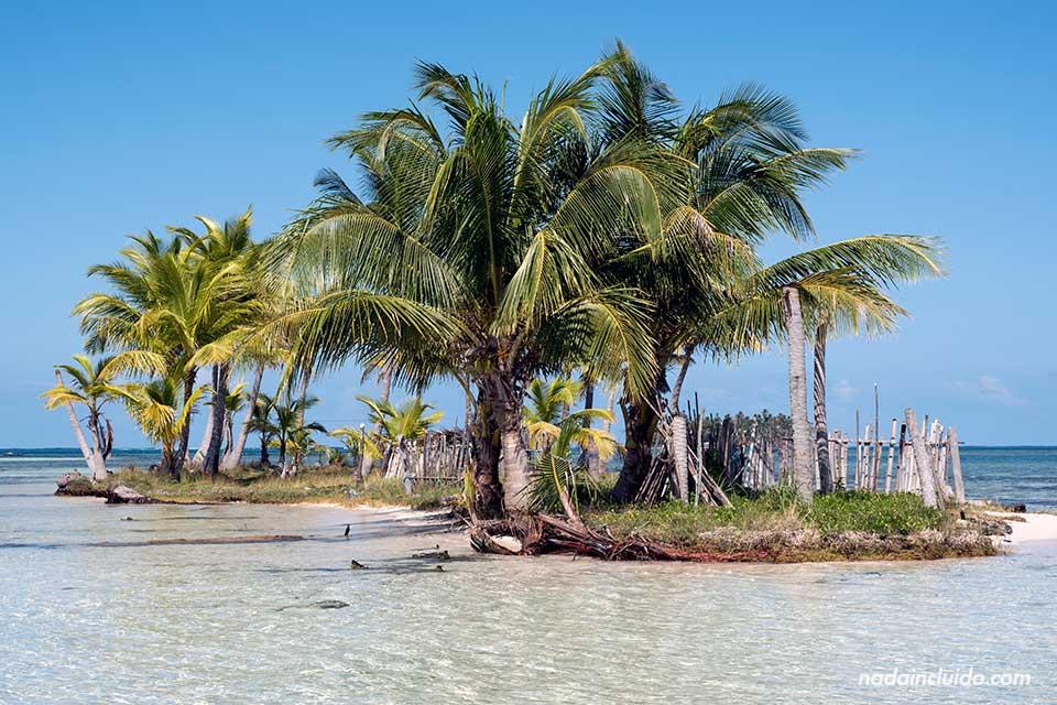 Islote junto a Isla Fragata, San Blas (Panamá)