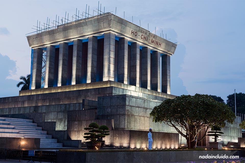 Mausoleo de Ho Chi Minh en Hanoi (Vietnam)