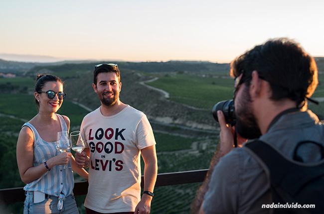 Blogueros en el Jardín de las Variedades de Bodegas Valdelana (Elciego, País Vasco)