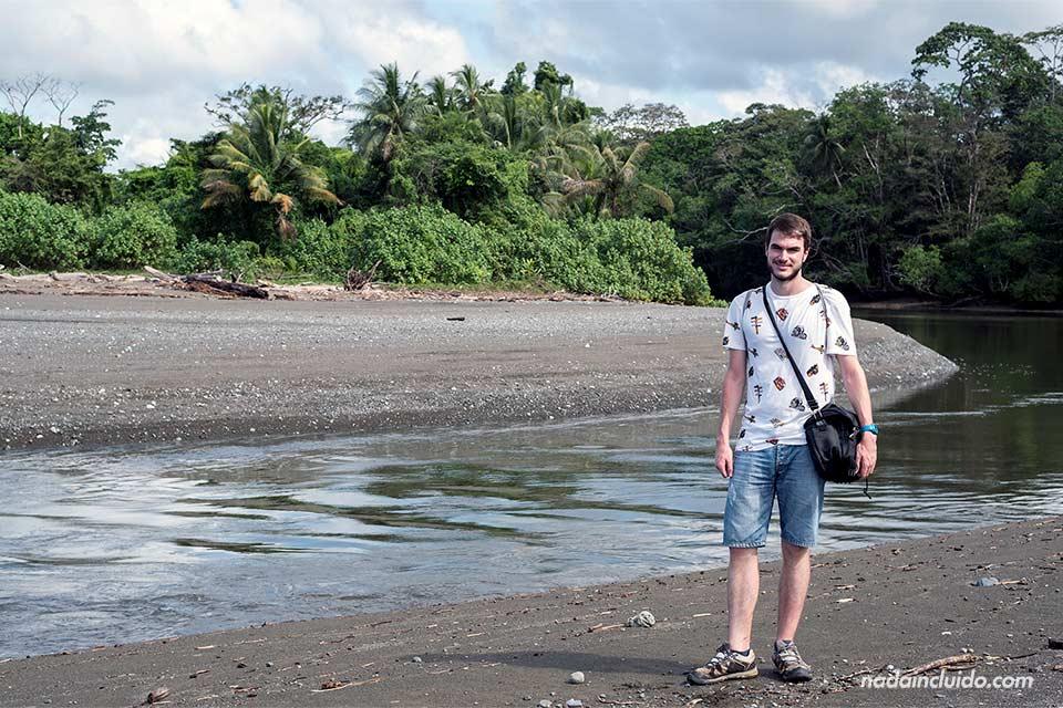 En el río Sirena, parque nacional de Corcovado (Costa Rica)