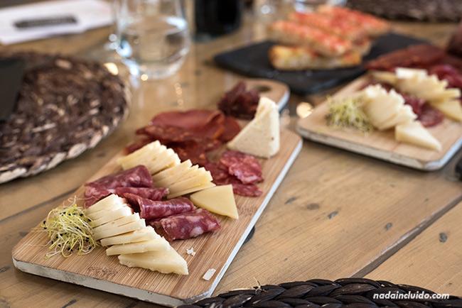 Comida en el Restaurante La Capilleta, en Plan (Sobrarbe, Aragón)