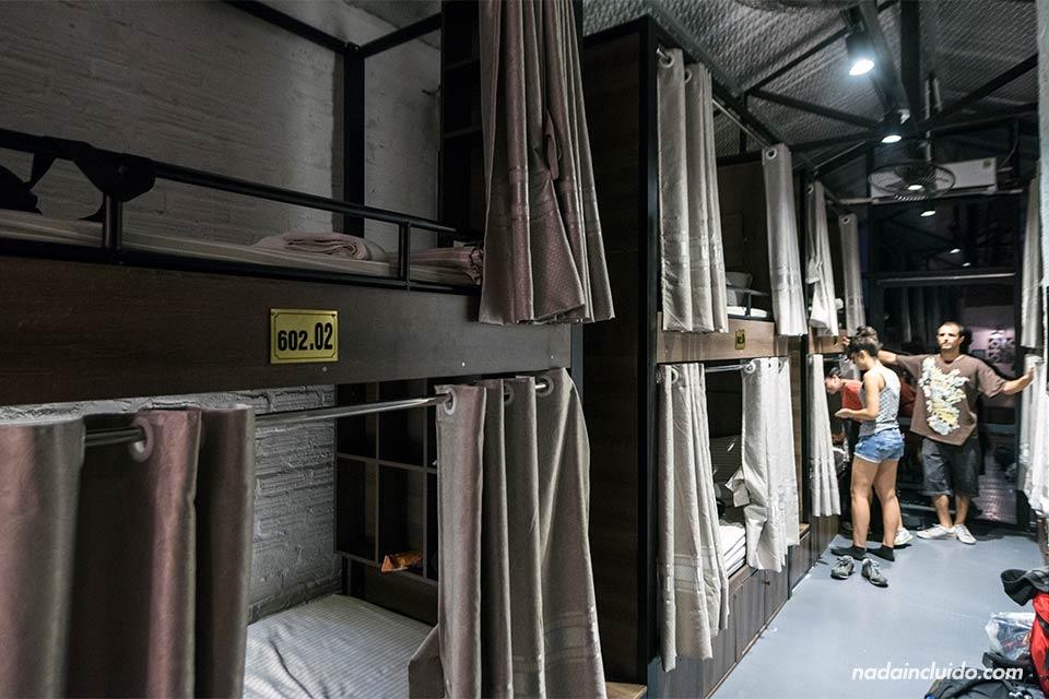 Habitación compartida del Luxury Backpackers Hotel (Hanoi, Vietnam)