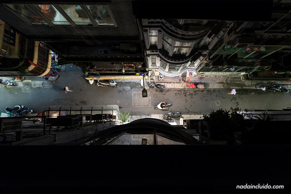 Vista aérea de la calle Ngõ Huyện de Hanoi (Vietnam)