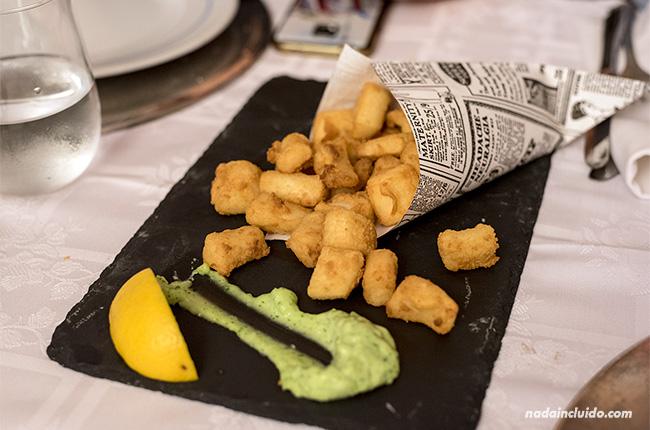 Patatas en el hotel Monterrey de Chipiona (Cádiz)