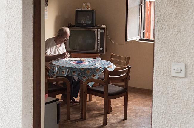 Anciano en Herceg Novi (Montenegro)