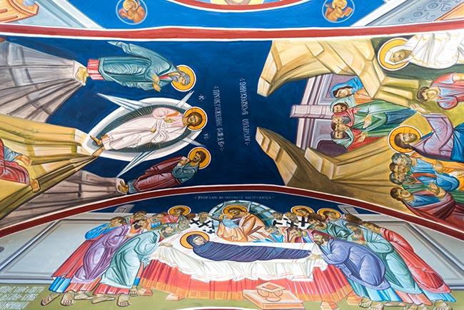 Interior de la Iglesia de San Petka (Macedonia)