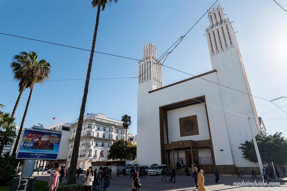 Fachada de la Catedral de San Pedro en Rabat (Marruecos)