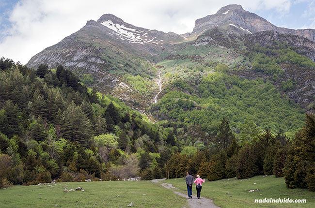 Paseando por el valle de Bujaruelo (Sobrarbe, Aragón)