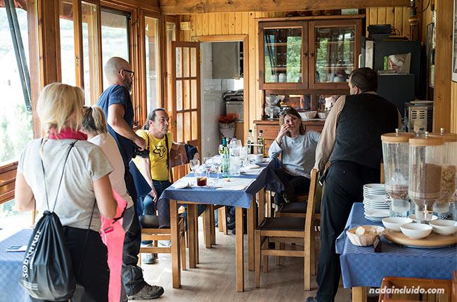 Restaurante río Ara en Fiscal (Sobrarbe, Aragón)