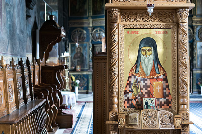 Interior del Manastirea Cetatuia (Monasterio Ciudadela) de Iasi (Rumanía)