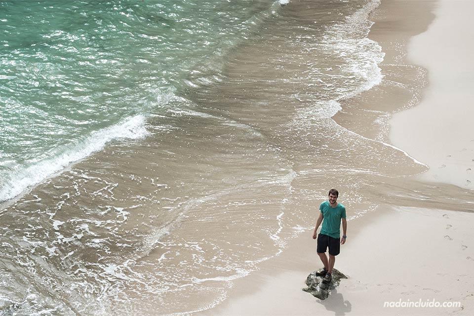 Solo en una playa de Manuel Antonio (Costa Rica)