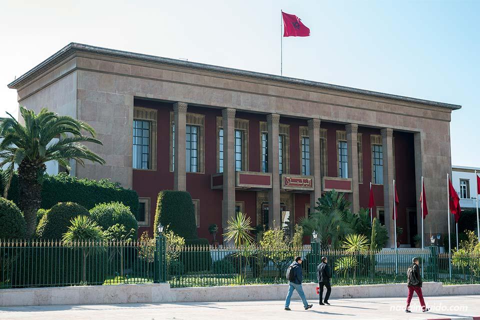 Fachada del parlamento de Marruecos en Rabat