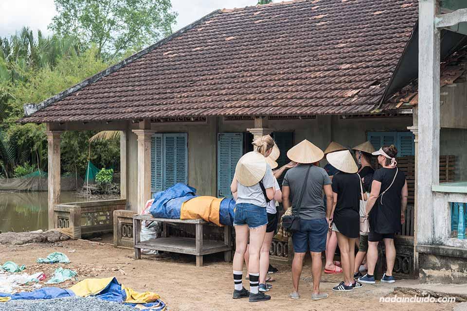 Casa tradicional en la localidad de Thu Thua, junto al delta del Mekong (Vietnam)