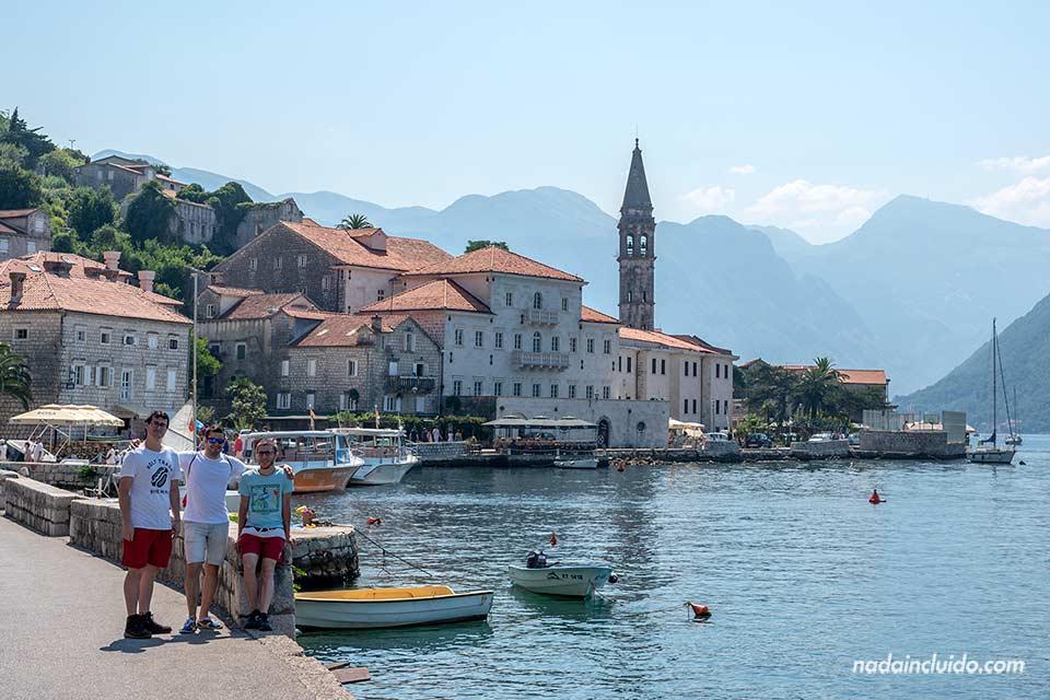 En el pueblo de Perast junto a la Bahía de Kotor (Montenegro)