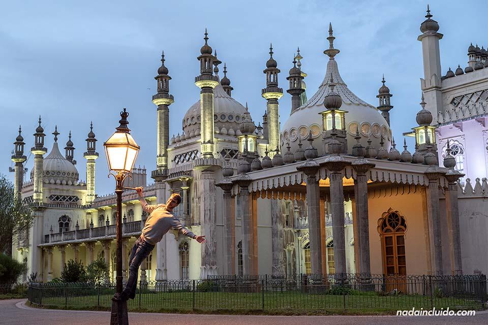 En una farola del Royal Pavilion de Brighton (Inglaterra)