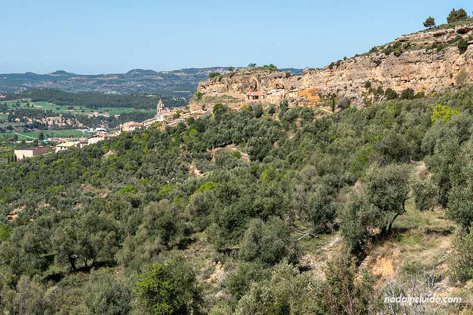Peñarroya de Tastavins desde las Peñas de Masmut (Matarraña, Aragón)