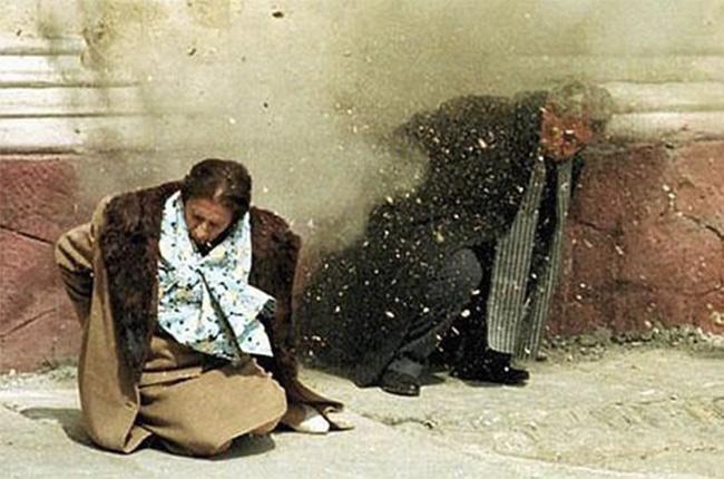 Ejecución de Ceausescu -Foto extraída de ABC