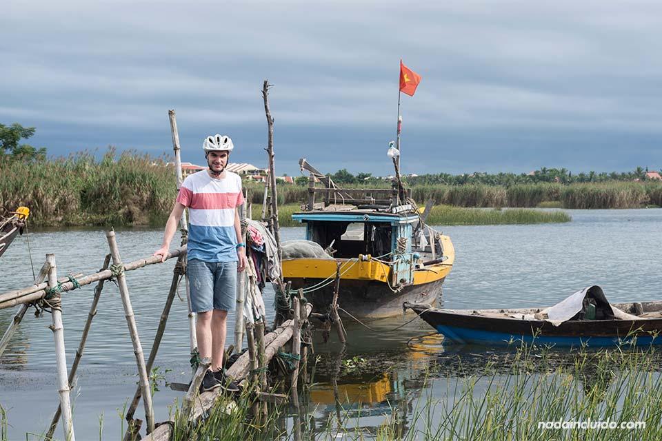En un Puerto pesquero en los alrededores de Hoi An (Vietnam)