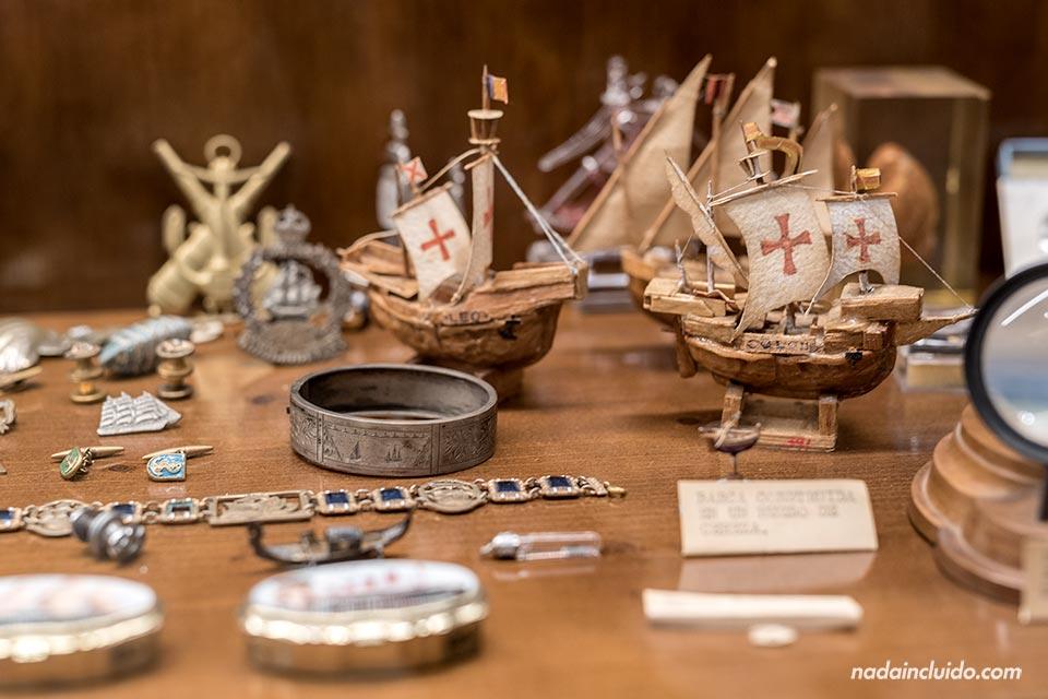 Vitrina del museo Roig Toques de Vilanova i la Geltrú