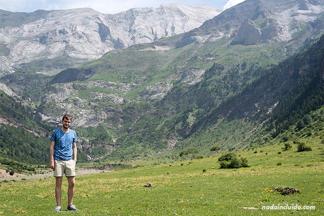 Llanos de La Larri del valle de Pineta, Parque Nacional de Ordesa y Monte Perdido (Aragón)